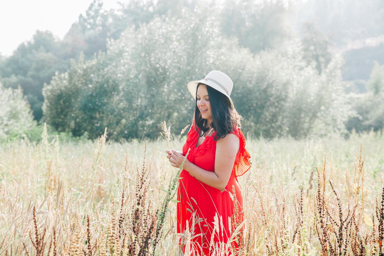 Pregnancy photo shoot in Porto Portugal